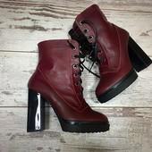 Зимние ботинки на каблуке Vieven.