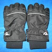 Отличные, лёгкие, удобные не промокаемые перчатки 116/122р.