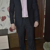 Крутой костюм классический мужской размер 48. качественный и дорогой