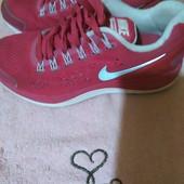 фірмові кросівки Nike 36/5р-23см