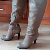 Кожаные сапоги Basconi, 37 размер, стелька около 24 см, б/у.