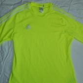 Adidas яркая футболка,р-р М,сток