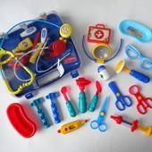 Набор доктора чемоданчик ножницы пинцет микроскоп стетоскоп отоскоп шприц градусник баночка очки