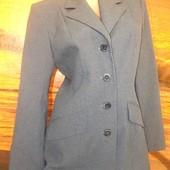 Отличный пиджак бренд pimkie 46 размер