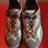 Кроссовки із натуральної замші ,від Lowa,розмір 37,стелька 23,5