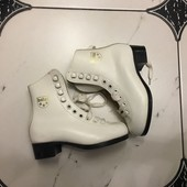 Ботинки для коньков Botas