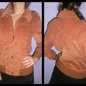 Фирменная куртка-ветровка