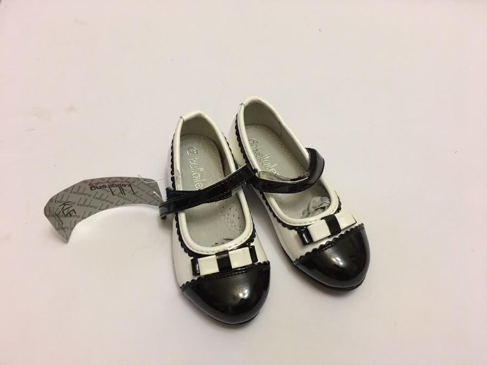 Туфли для девочки белые с черной вставкой фото №6