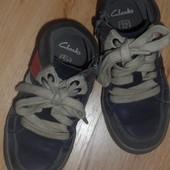 Ботинки Clarks, размер UK8.5F, или 27