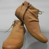Кожаные ботинки 38 р