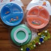 тарелка с присоской и с подгревом есть разделение на отсеки крышка пластиковая прозрачная