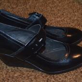 Туфли на танкетке Bata 36 р., 23.8 см