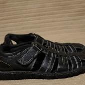 Необыкновенно мягкие черные кожаные сандалии Hush Puppies США  40 р.