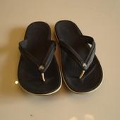 Шлепанцы , вьетнамки Кроксы Crocs, оригинал, размер m9 w11, сделаны во Вьетнаме, размер наш 42,5, ст
