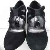 Замшевые туфли 36 разм