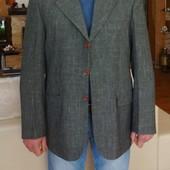 Пиджак мужской серый в чёрточку с рыжими пуговицами. Besonder. Германия. 52 размер.