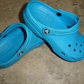 Фирменные Crocs оригинал босоножки сабо кроксы Италия на 36-37 размер идеал
