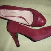 Фирменные от Next крутые кожаные туфли 38 размер идеал