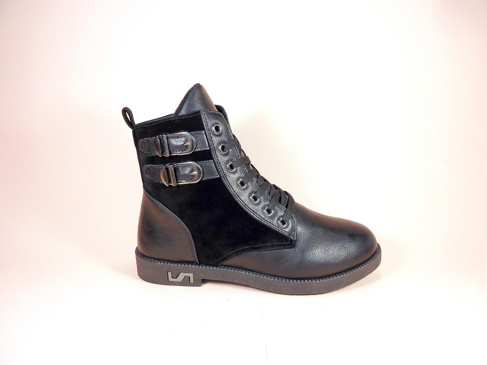 Женские демисезонные модные ботинки на низком ходу. размер 36-41. фото №1