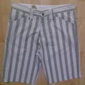 Фирменные шорты M-L