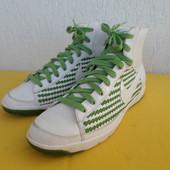 Кроссовки кожанние Nike р. 40
