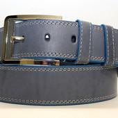 Джинсовый ремень 45 мм голубой прошитый белой ниткой пряжка серебряная хромированная края голубые