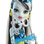 Monster High dance the fright away transforming Frankie Stein doll кукла монстер хай Френки Штейн.