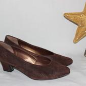 39 25,5см Salamander Замшевые туфли на небольшом каблучке