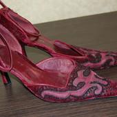 Туфли цвета бордо с бусинами Nine West размер 41