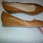 Кожаные лакированые туфли Coover