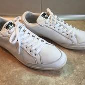 Кроссовки Adidas размер 45 по стельке 29,5см, кожа, отл.сост.