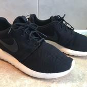 Кроссовки Nike размер 41 по стельке 27см, отл.ост.