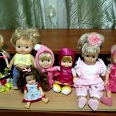 Куклы. Много.