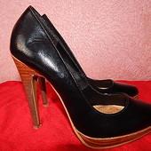 туфли шикарные,последний писк моды.Обвал цен!!