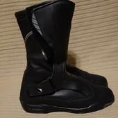 Фирменные высокие черные кожаные мотоботы Diadora Bullet VeraTex 42р.