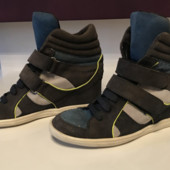 Стильные замшевые ботинки сникерсы от minelli