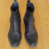 Ботінки-ковбойки розмір 42 стелька 29,5 см Criss Cross