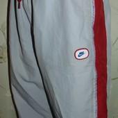 Фирменние спортивние шорты шорти  бриджи nike s-m