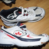 (№і704)фирменные кроссовки 39 р Lico