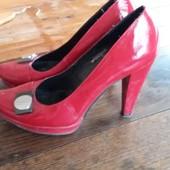 Туфли с дефектом