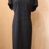Фирменное от M&S платье футляр на 58-60 размер