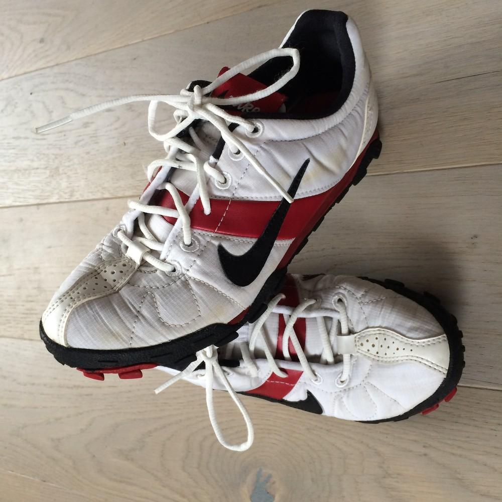 Кросівки сороконожки бутси (кроссовки) Nike 38 р. стелька 23.5 см фото №1 bf1a5c2604fc9