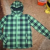Куртка деми на мальчика 152 р