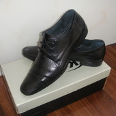 Кожаные туфли. На стопу 26 см.