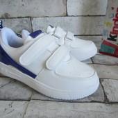 Распродажа  стильные кроссовки  34 р на 21,5 см