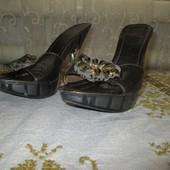 #0024 Шлепки на высоком каблуке