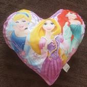 Подушка  с принцессами Disney