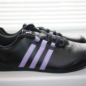 Женские кожаные кроссовки Adidas Yatra 39 размер