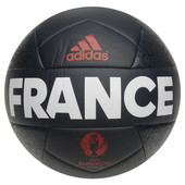 Футбольные мячи Adidas. Стандартный размер.