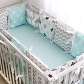 Защита на кроватку и простынка